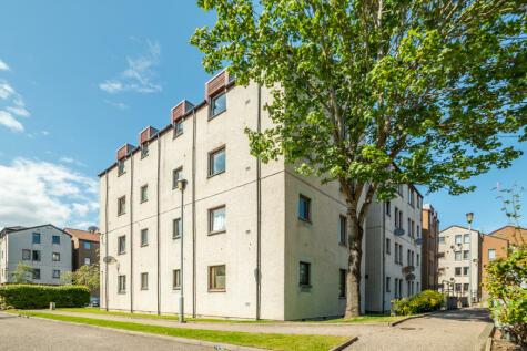 Headland Court, Aberdeen, AB10. 2 bedroom flat
