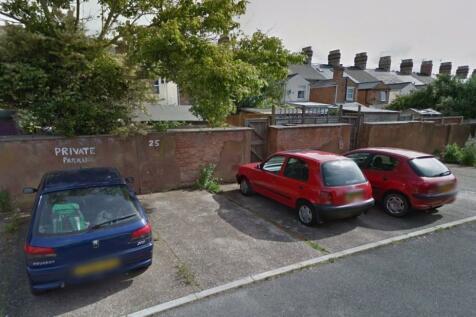St Andrews View, Taunton. Property