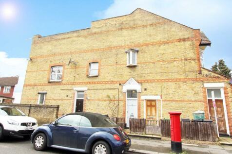 Grayham Road, New Malden. 1 bedroom flat
