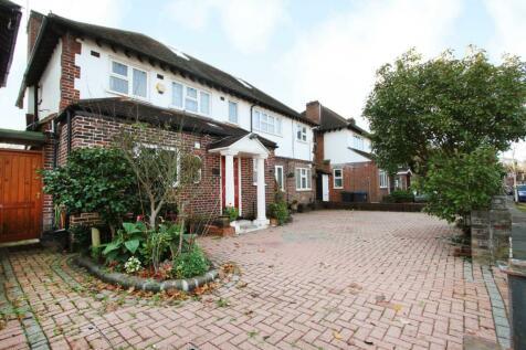Woodlands Avenue, New Malden. 6 bedroom detached house for sale