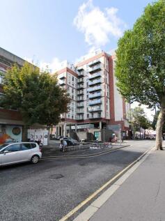 Blagdon Road, New Malden. 2 bedroom flat