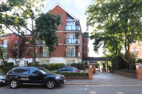 The Downs, London. 2 bedroom apartment