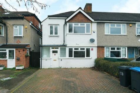 Wilverley Crescent, New Malden. 3 bedroom semi-detached house