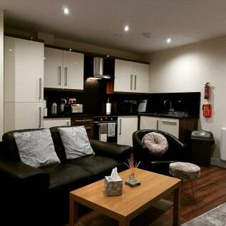 Apt 3 Devonshire Point. 1 bedroom apartment