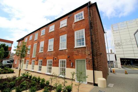 Mountergate, Norwich. 3 bedroom apartment for sale
