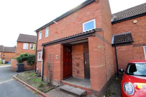 Skoner Road, Norwich, NR5. 4 bedroom house