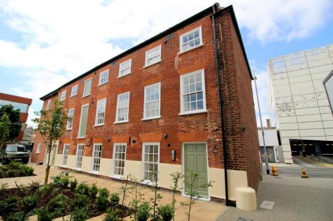 Mountergate, Norwich. 3 bedroom apartment