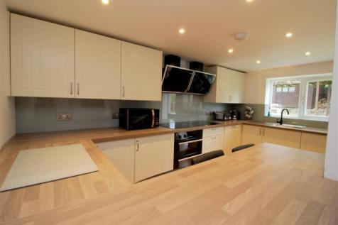 Jordan Close, Norwich, NR5. 6 bedroom house