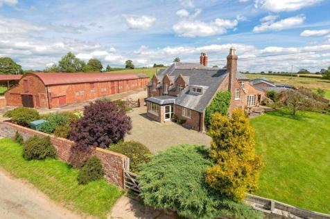 New Marton, Oswestry. 5 bedroom detached house for sale
