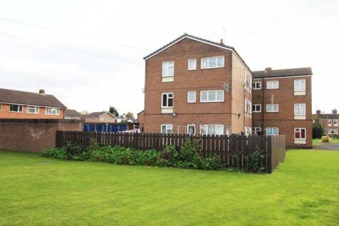 Parkside, Overton, LL13. 2 bedroom flat