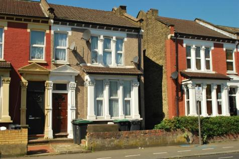Wightman Road, Harringay, London, N8. 2 bedroom flat