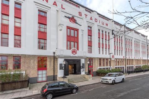 Eaststand Apartments, Highbury Stadium Square, London, N5. 2 bedroom flat for sale