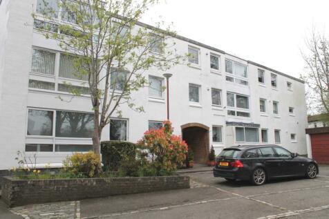 Cross Road, Paisley. 1 bedroom flat