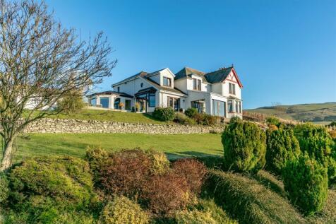 Torwood, Edinburgh Road, Galashiels, Selkirkshire. 4 bedroom detached house for sale