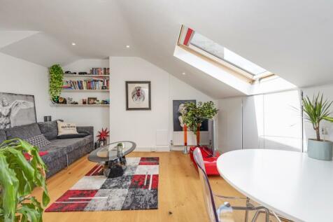 Elsworthy Road, Primrose Hill, NW3. 1 bedroom apartment
