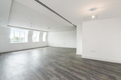 Chandos Way, Golders Green, NW11. 2 bedroom flat