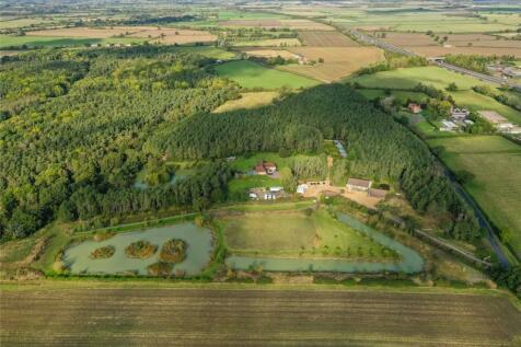 Kidlington, Oxfordshire. 5 bedroom detached house for sale