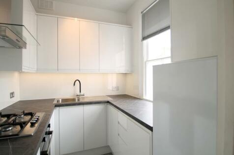 St Philips Road, Surbiton, KT6. 2 bedroom property