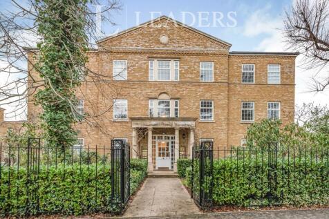 Beresford Hall, Balaclava Road, Long Ditton, KT6. 1 bedroom property