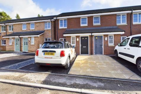 Scotts Road, Pentrechwych, Swansea, SA1. 2 bedroom semi-detached house