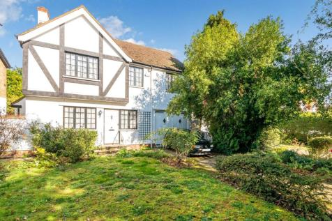 Park Hill Road, Bromley, BR2. 4 bedroom detached house for sale