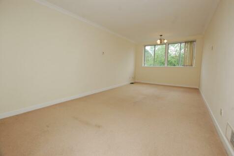 9 Shortlands Grove, Bromley, BR2. 1 bedroom flat