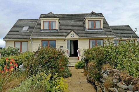 3 Batavia, Uyeasound, Unst, Shetland, ZE2 9DL. 4 bedroom detached house