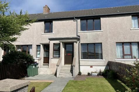 98 North Lochside, Shetland, Shetland Islands, ZE1. 3 bedroom terraced house