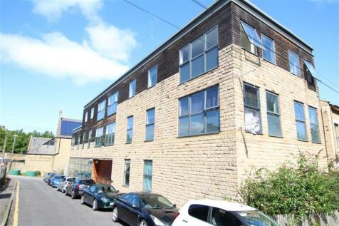 Salem Street, Bradford, BD1 4NN. 1 bedroom flat