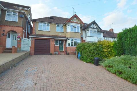 Cutenhoe Road, South Luton, Luton, Bedfordshire, LU1 3NG. 5 bedroom semi-detached house
