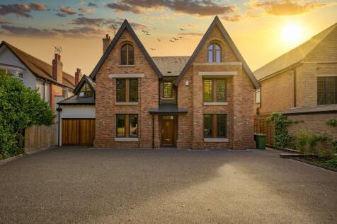Alderbrook Road, Solihull. 5 bedroom detached house for sale