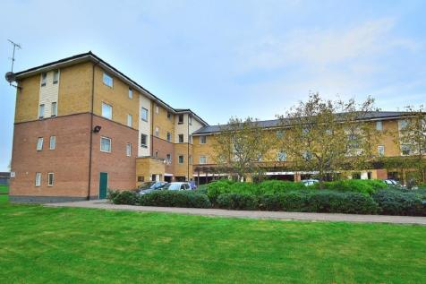 Orton Grove, Enfield, Middlesex, EN1. 2 bedroom flat