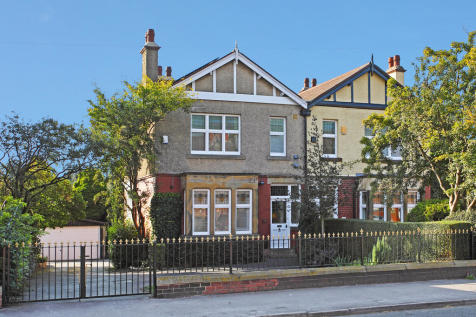 Leeds Road, Newton Hill. 4 bedroom semi-detached house for sale