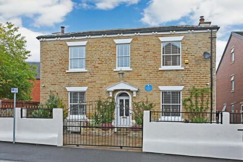 Hatfeild Street, Wakefield. 4 bedroom detached house for sale