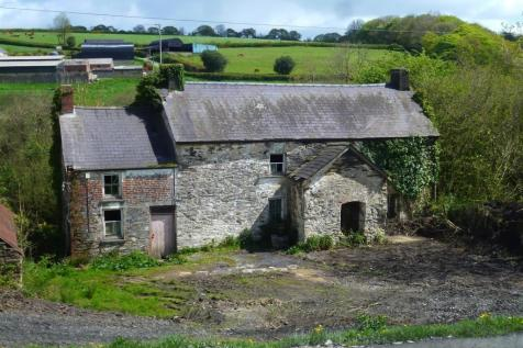 Ty Isaf, Cwmfelin Mynach. Country house for sale