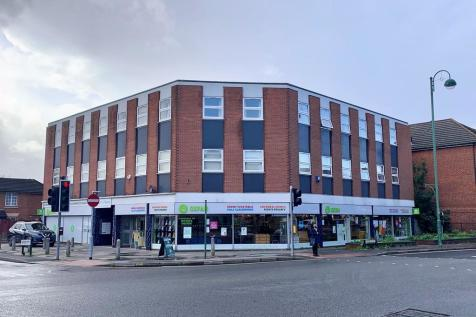 Romsey Road, Shirley. 22 bedroom apartment