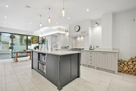 Tabor Road, Brackenbury, London W6. 4 bedroom house for sale