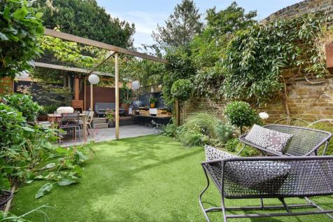Westcroft Square, Stamford Brook, London W6. 5 bedroom terraced house