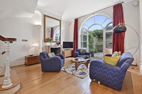 Faroe Road, Brook Green, London W14. 3 bedroom house for sale