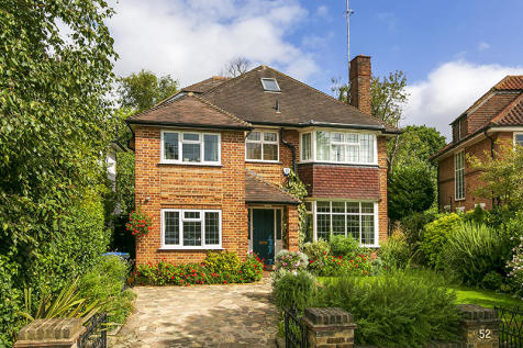 Ailsa Road, Twickenham, Middlesex, TW1. 5 bedroom detached house