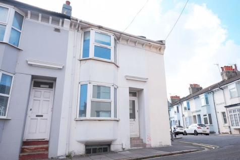 St Pauls Street,. 3 bedroom detached house
