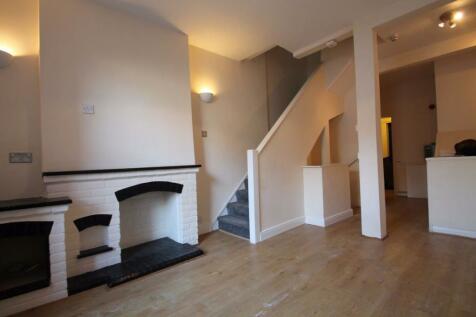 Castle Street, Ryde. 2 bedroom house