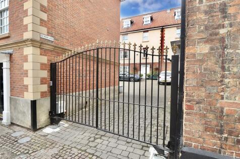 King Street, Norwich. 2 bedroom maisonette for sale
