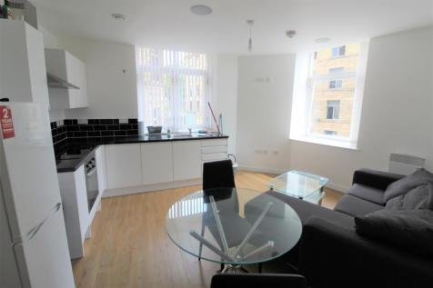 130 Sunbridge Road, Bradford, BD1. 2 bedroom apartment