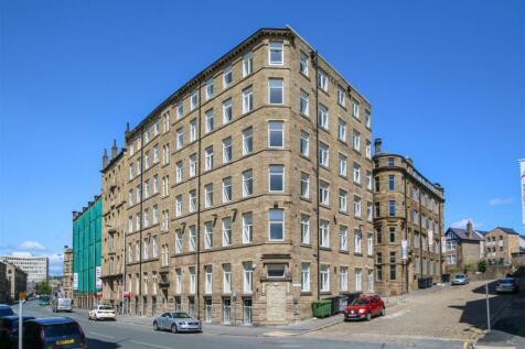 130 Sunbridge Road, Bradford. 2 bedroom apartment