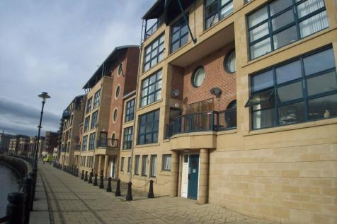 Mariners Wharf, Quayside, Newcastle upon Tyne, Tyne and Wear, NE1 2BJ. 2 bedroom flat for sale