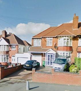 The Broadway, Dudley, West Midlands, DY1 3DR. 5 bedroom semi-detached house
