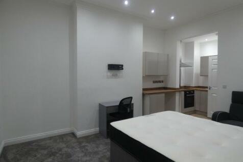 Chester Road, Millfield , Sunderland, Tyne and Wear, SR4 7EZ. Studio flat