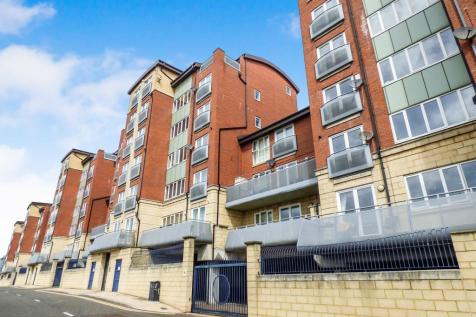 High Quay, Newcastle Upon Tyne, Newcastle upon Tyne, Tyne and Wear, NE1 2PD. 3 bedroom flat