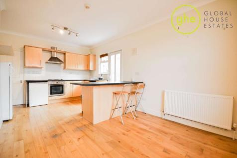 Venetian Road, Camberwell Green, London. 2 bedroom flat